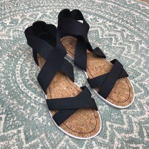 Kenneth Cole reaction gladiator sandal 8